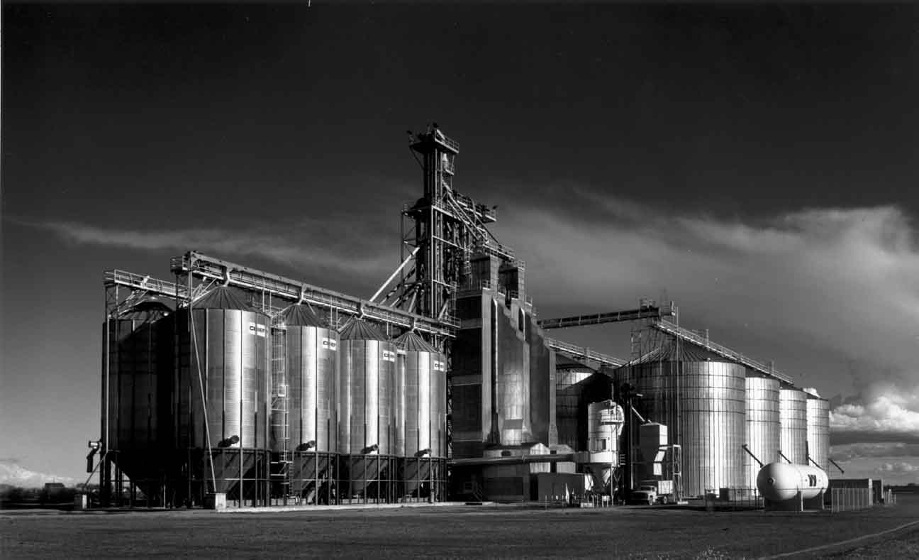 Ridgetop Warehouse #1, Sacramento Valley, California, 2003