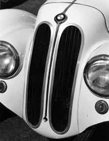 38 BMW 328, Vertical